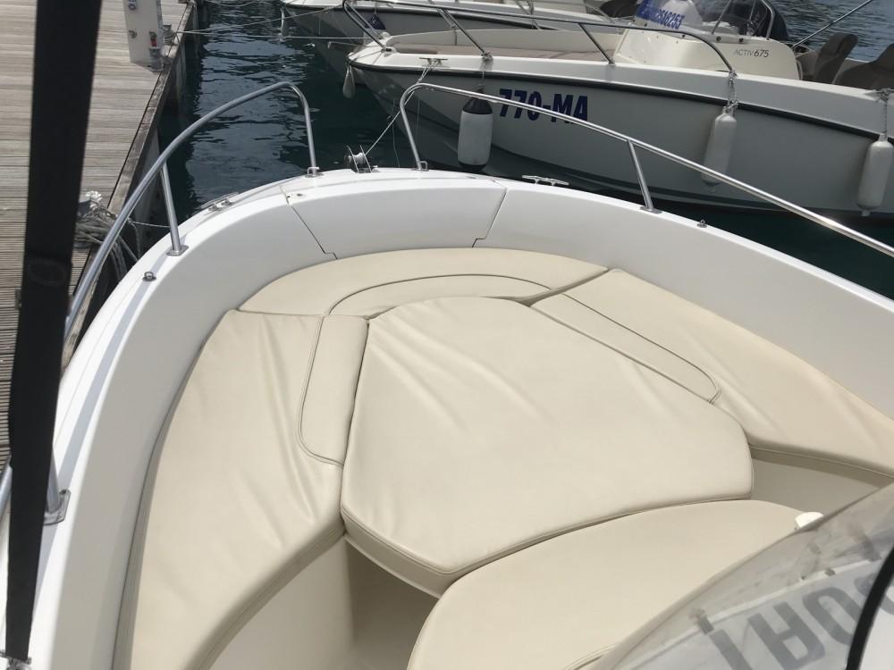 Rental Motor boat in Makarska - Jeanneau Cap Camarat 635