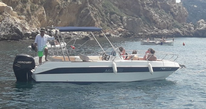 Boat rental Marinello Eden 22 in l'Estartit on Samboat