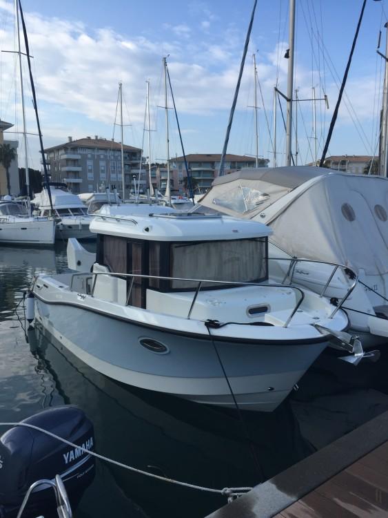 Boat rental Saint-Raphaël cheap Quicksilver 755 Pilothouse