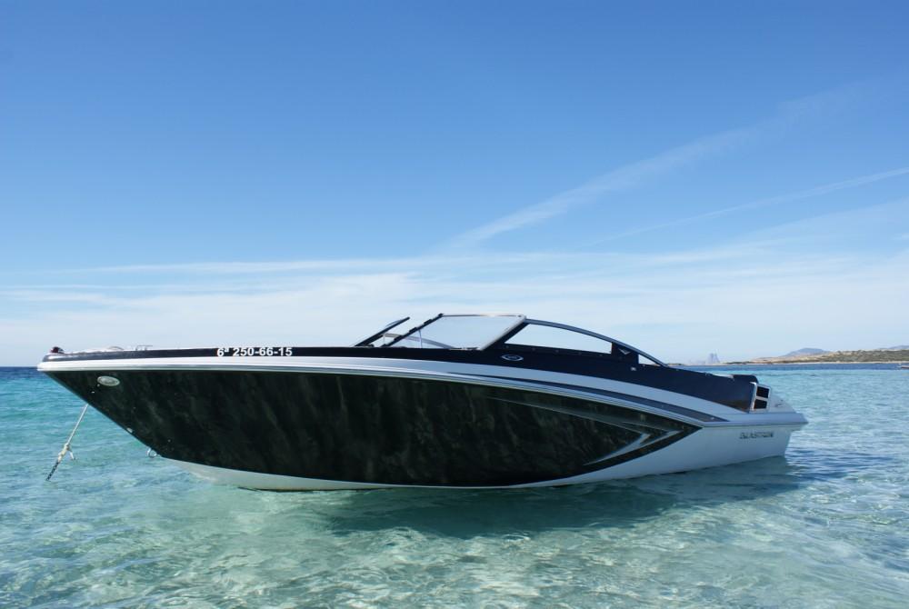 Boat rental Glastron GT 225 in Marina Botafoch on Samboat