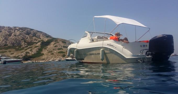 Rent a Quicksilver Quicksilver 650 Cruiser Marseille