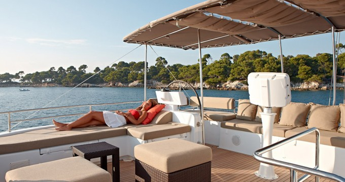 Rental Catamaran in Ajaccio - Lagoon Lagoon 620