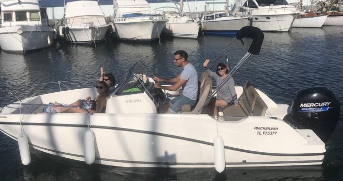 Boat rental Fréjus cheap Activ 605 Open