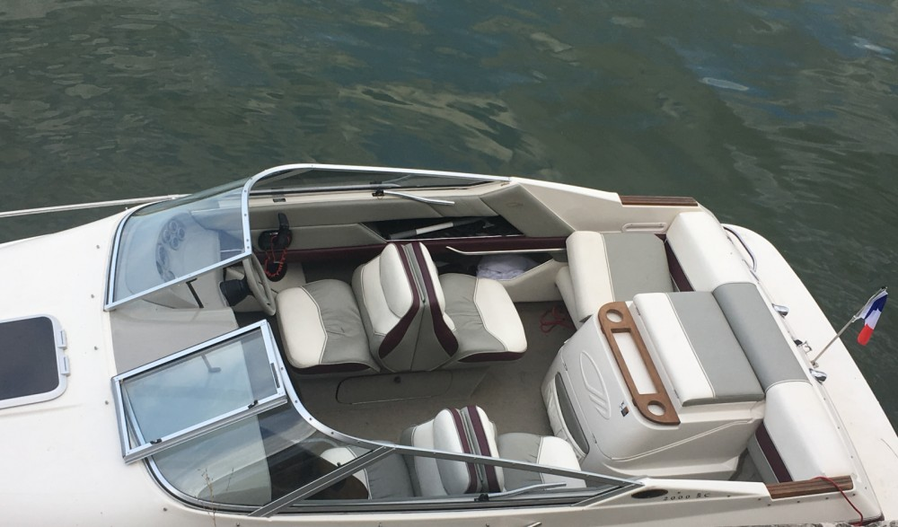 Motor boat for rent Sèvres at the best price