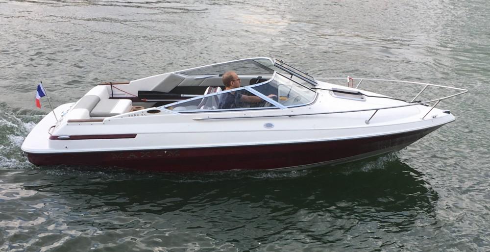 Rental yacht Sèvres - Maxum Maxum 2000 SCL on SamBoat