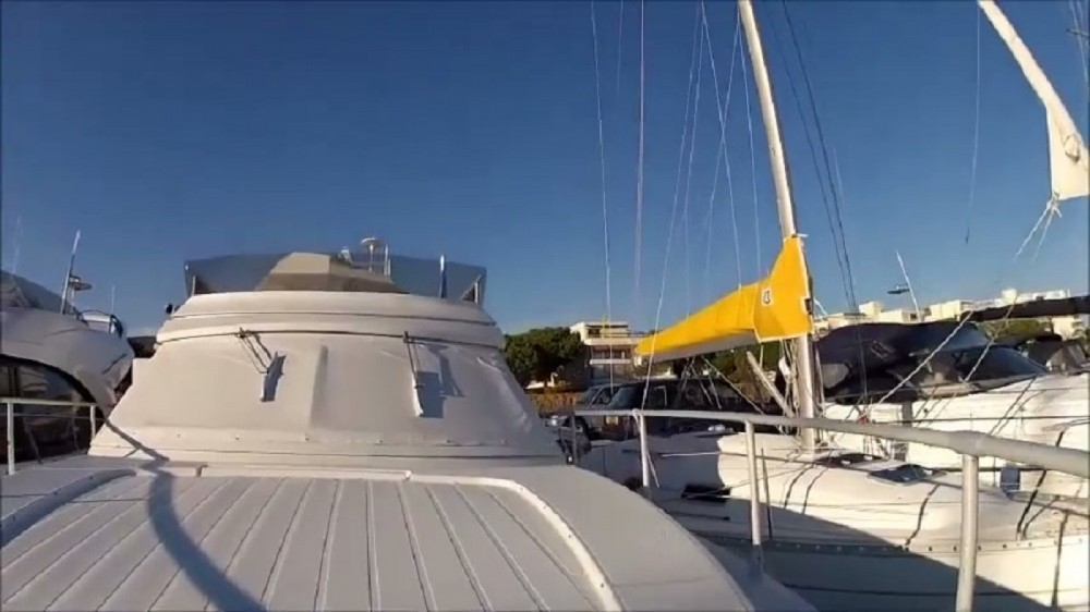Hire Motor boat with or without skipper Ferretti Cannes