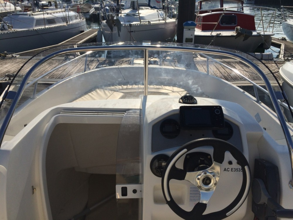 Rental Motor boat in Arcachon - Jeanneau Cap Camarat 635 Style