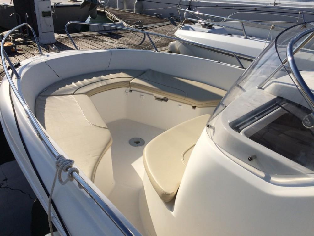 Boat rental Arcachon cheap Cap Camarat 635 Style