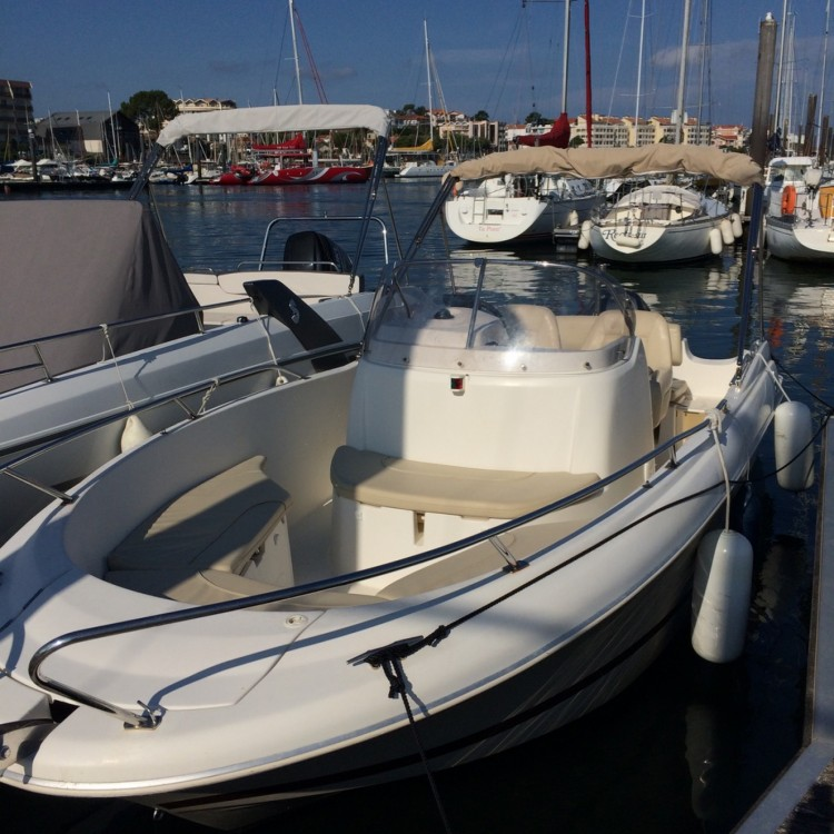 Hire Motor boat with or without skipper Jeanneau Arcachon