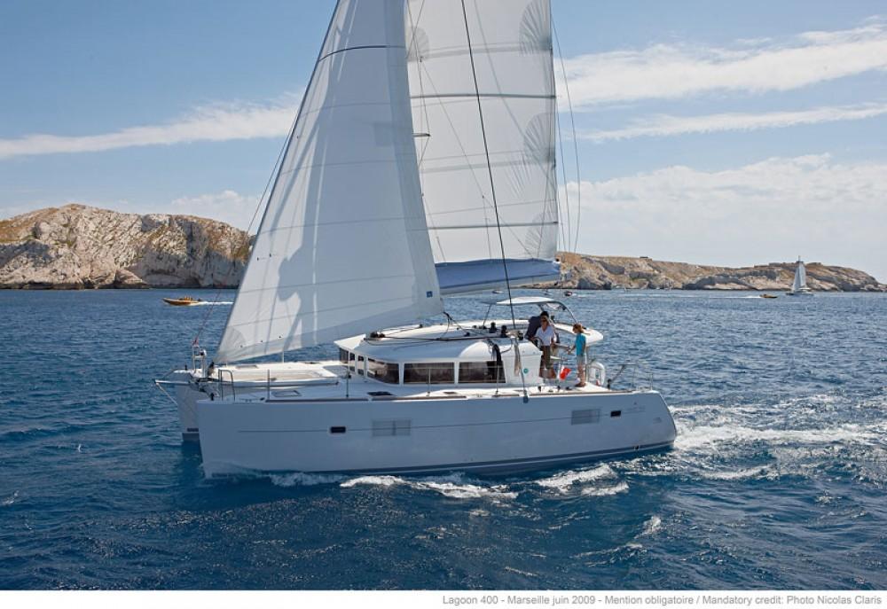 Catamaran for rent Dubrovnik at the best price