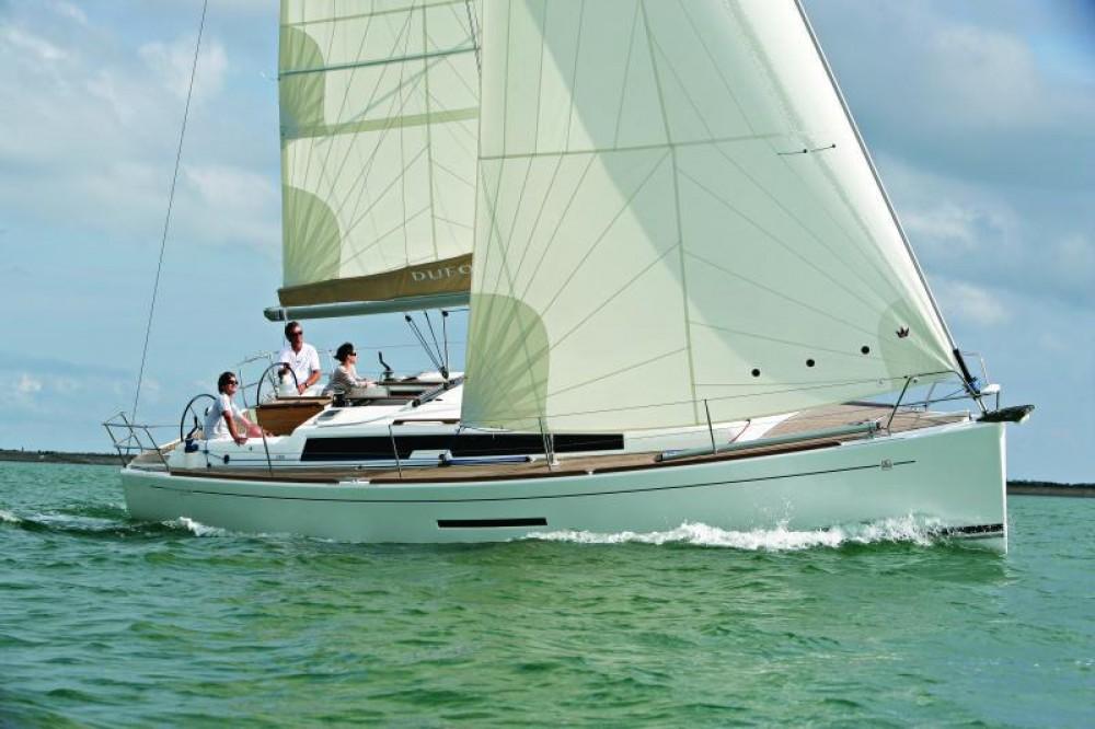 Rental yacht Saint-Mandrier-sur-Mer - Dufour Dufour 380 Grand Large on SamBoat