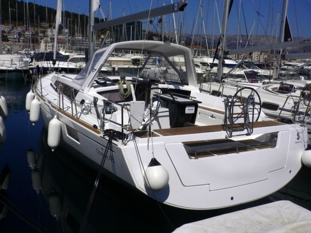 Bénéteau Oceanis 48 between personal and professional Rhodes