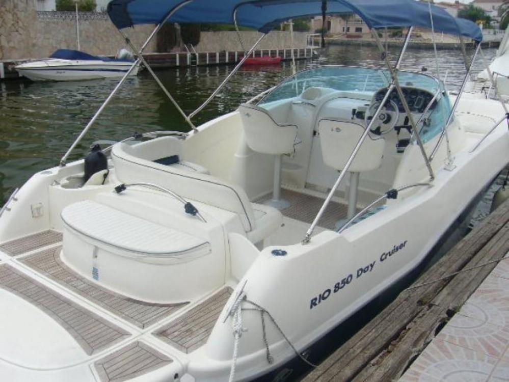 Rent a Rio Rio 850 Day Cruiser Alicante