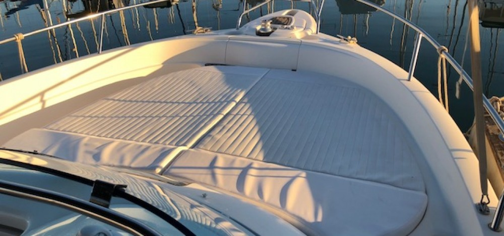 Motor boat for rent Alicante at the best price