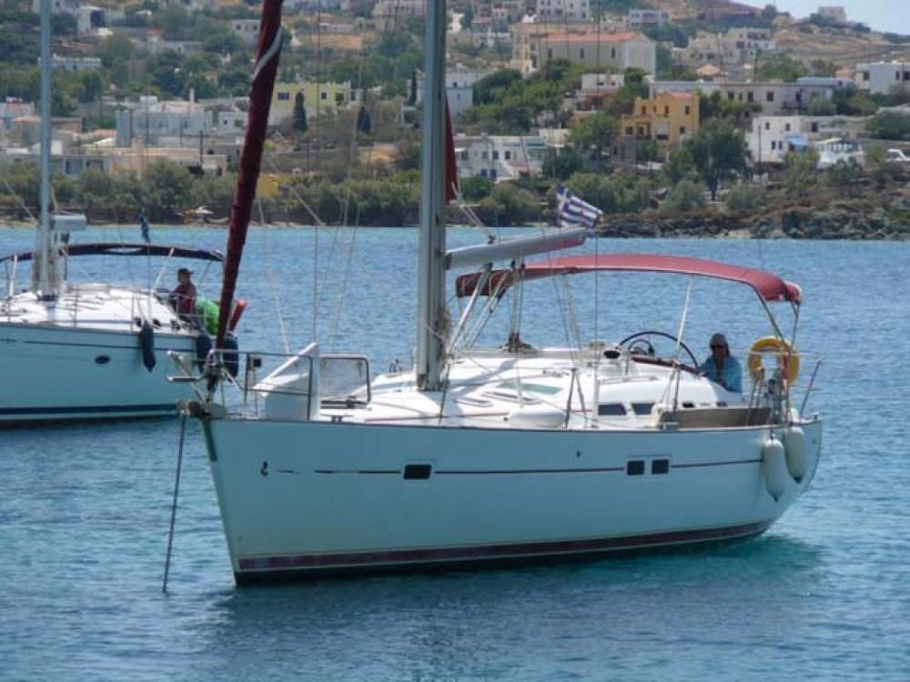 Rental Sailboat in Kalafationes - Bénéteau Oceanis 423