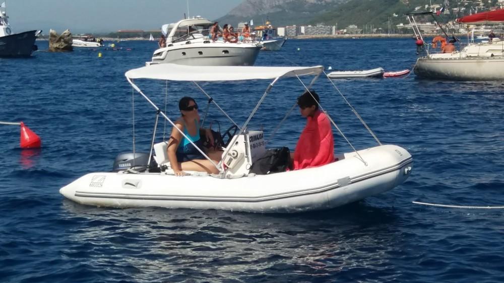 Rental yacht Torroella de Montgrí - Zodiac Yachtline 380 on SamBoat
