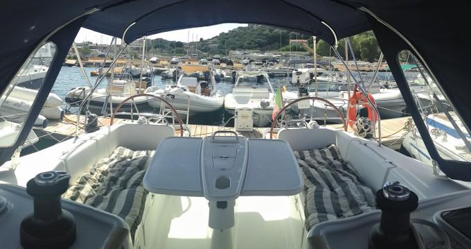 Boat rental Bénéteau Cyclades 434 in Castellammare di Stabia on Samboat