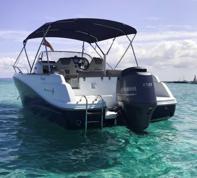 Hire Motorboat with or without skipper Jeanneau Ibiza Town