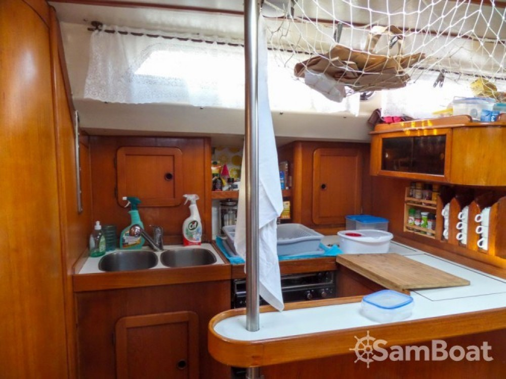 Hire Sailboat with or without skipper BRUCE ROBERTS Ajaccio