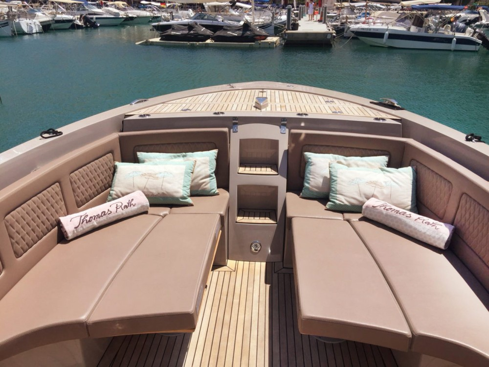 Yacht for rent Islas Baleares at the best price