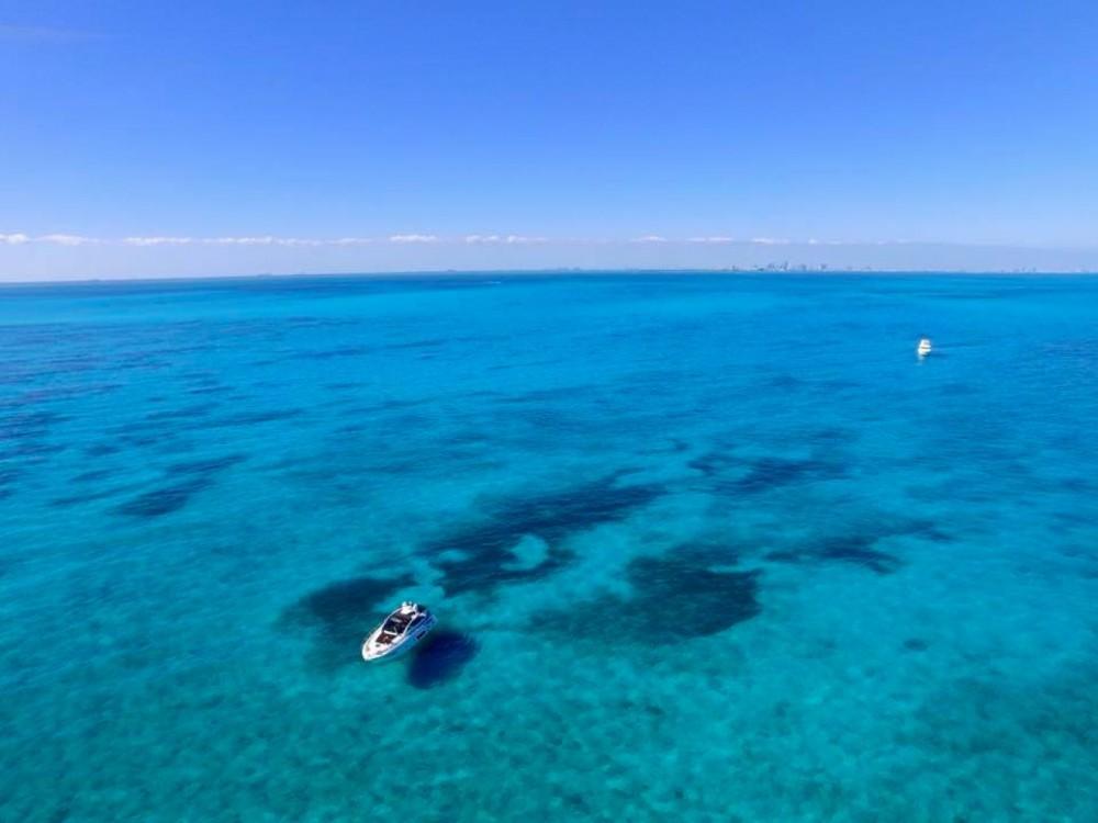 Rental yacht Miami - Azimut Atlantis 44 on SamBoat