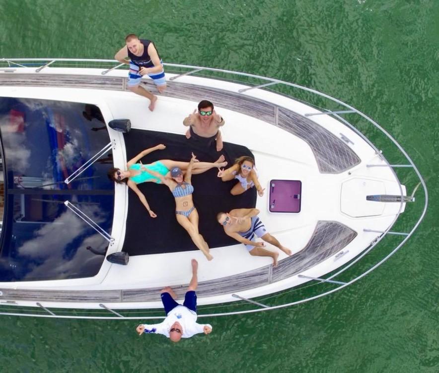 Boat rental Miami cheap Atlantis 44