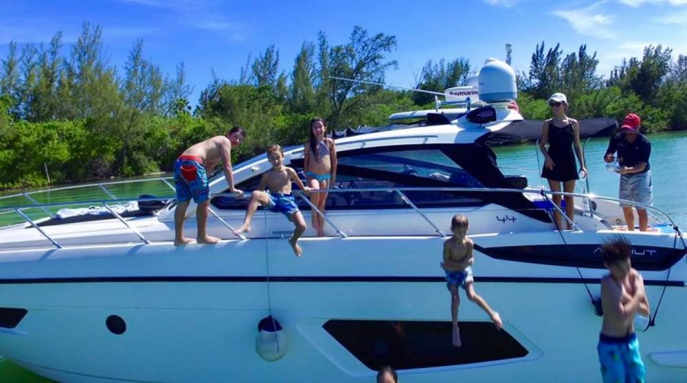Azimut Atlantis 44 between personal and professional Miami