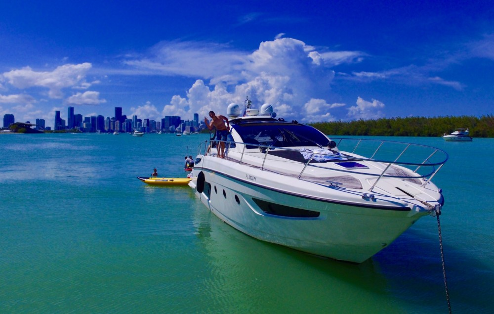 Yacht for rent Miami at the best price