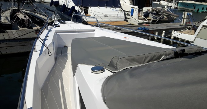 Rental Motorboat in Port Grimaud - Axopar 37 ST