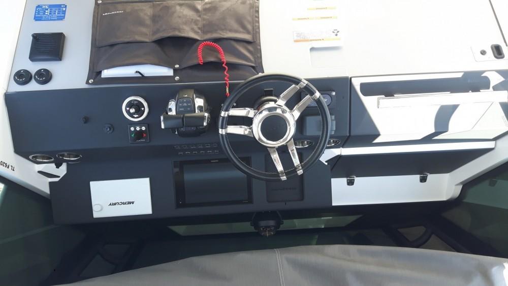 Rental Motor boat in Port Grimaud - Axopar 37 ST