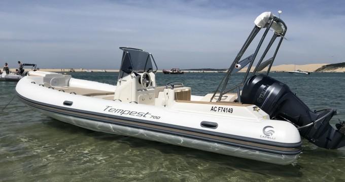 Boat rental Capelli Tempest 700 in Grand Piquey on Samboat