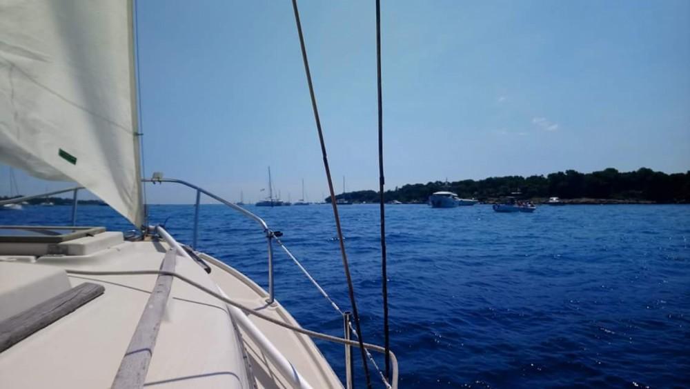 Hire Sailboat with or without skipper Bénéteau Théoule-sur-Mer