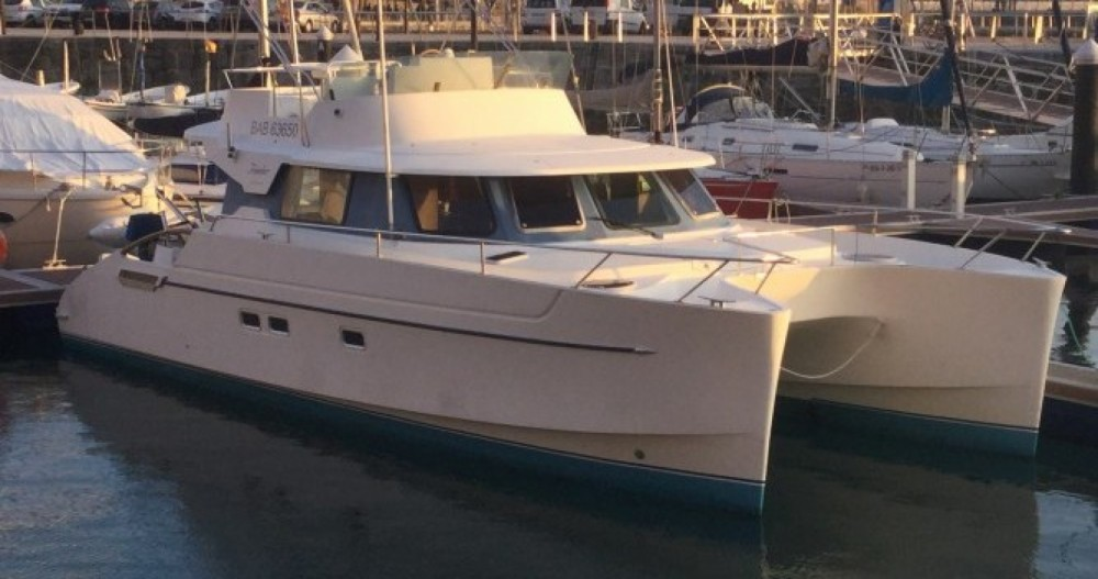 Boat rental Fountaine Pajot Maryland 37 in Real Club Náutico de Castellón on Samboat