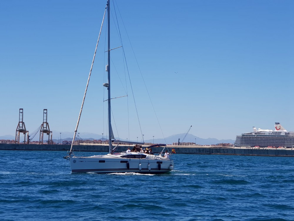 Hire Sailboat with or without skipper Jeanneau Benalmádena