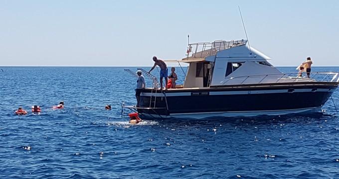 Rental Yacht in Gallipoli - Posillipo ANTIGUA 38 FLY