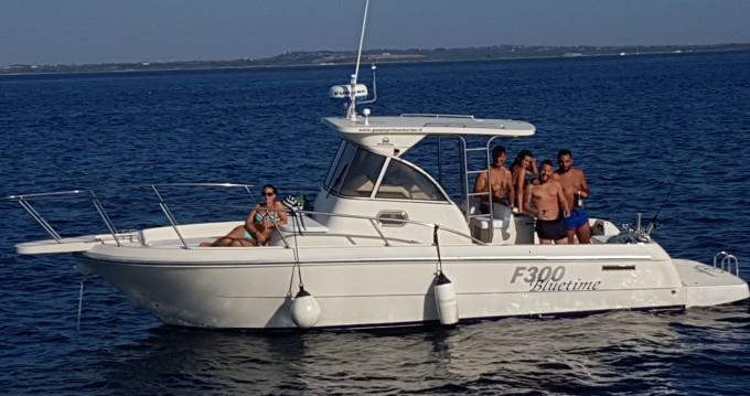 Rental Motorboat in Gallipoli - ZGROUP F300 BLUTIME