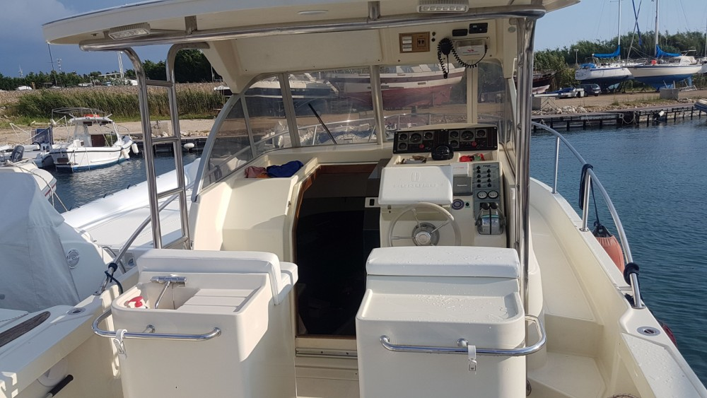 Rental Motor boat ZGROUP with a permit