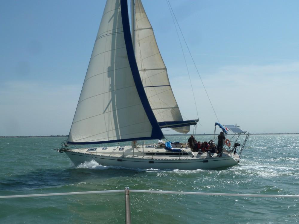 Boat rental La Rochelle cheap Sun Kiss