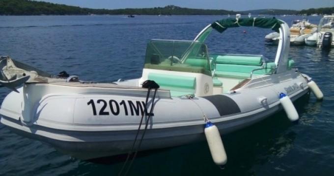 Rental yacht Mali Lošinj - Grginić Shark 23 on SamBoat