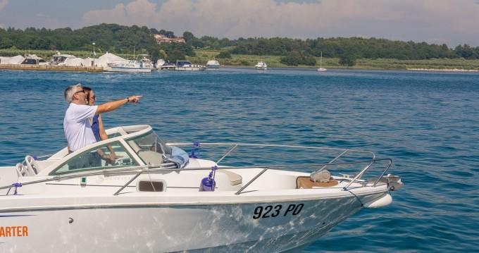 Boat rental Bénéteau Ombrine 700 in Poreč on Samboat
