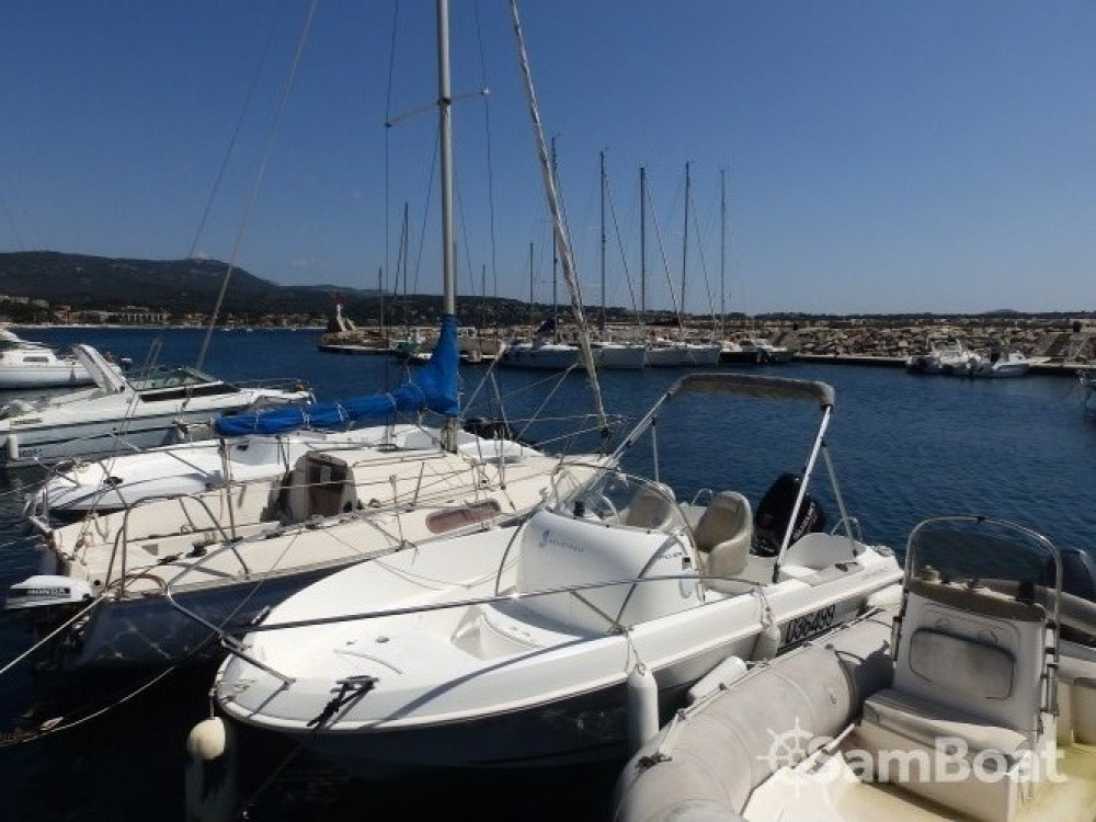 Hire Motorboat with or without skipper Bénéteau Bandol