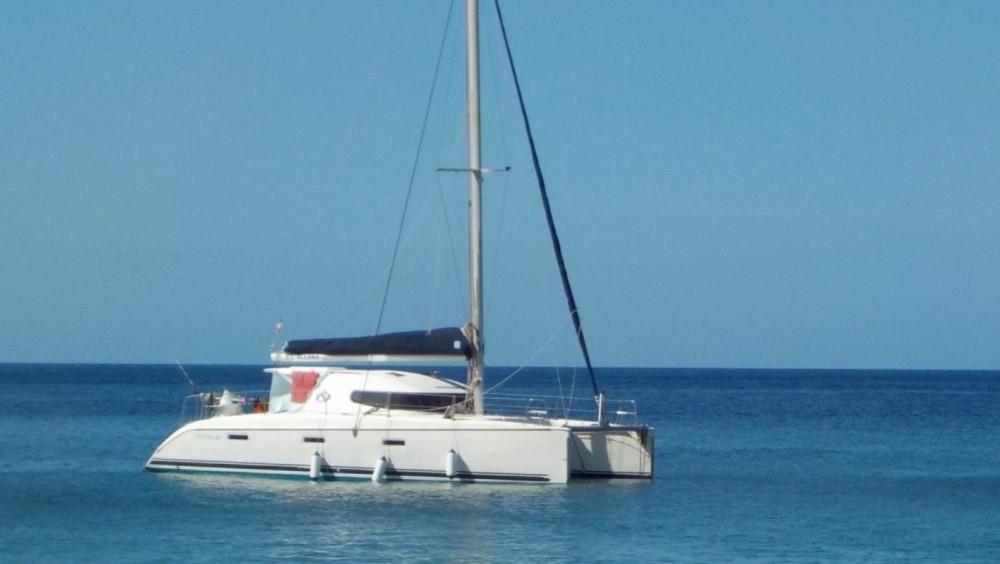 Boat rental Brest cheap catamaran