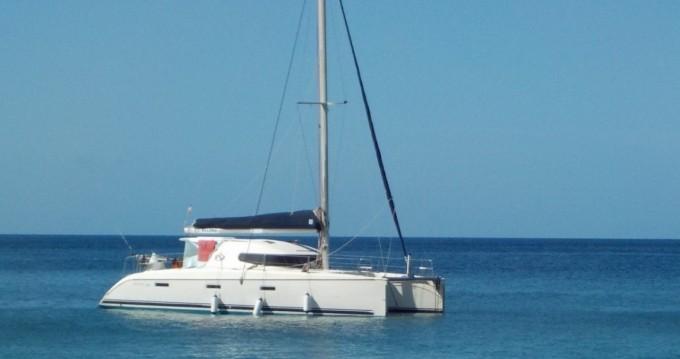 Boat rental Nautitech catamaran in Port-Saint-Louis-du-Rhône on Samboat