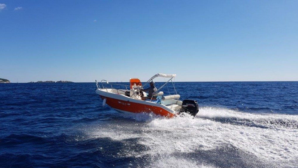 Rental Motor boat Blu-Blu with a permit