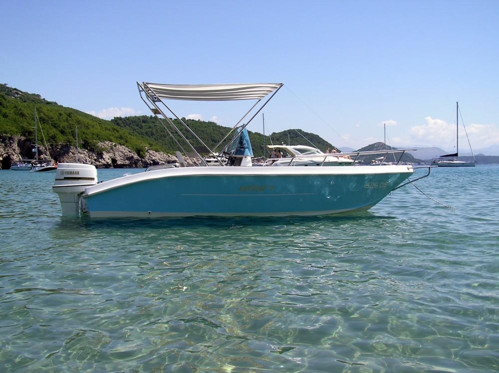 Boat rental Elan Elan 18 CC in Dubrovnik on Samboat