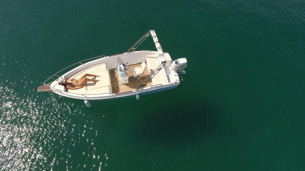 Rental yacht Dubrovnik - Elan Elan 18 CC on SamBoat
