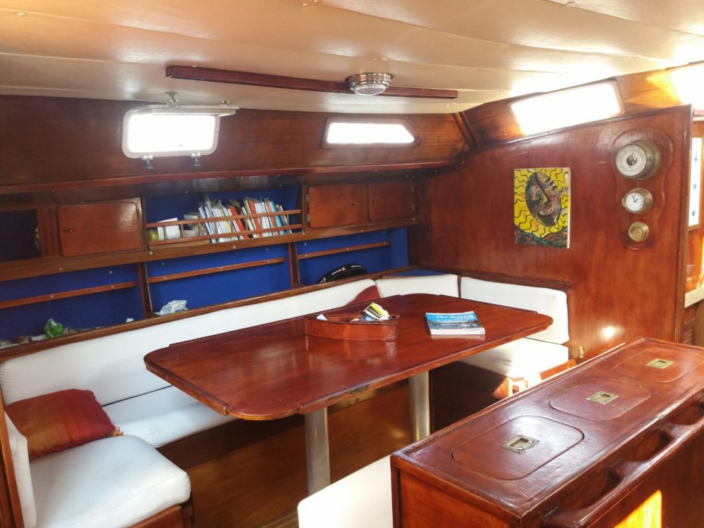 Rental yacht Cagliari - Alaver Viva 48 on SamBoat