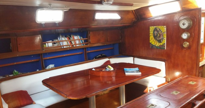 Sailboat for rent Sami at the best price