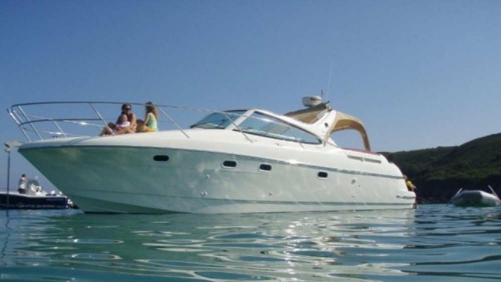 Rental yacht Hyères - Jeanneau Prestige 34 on SamBoat