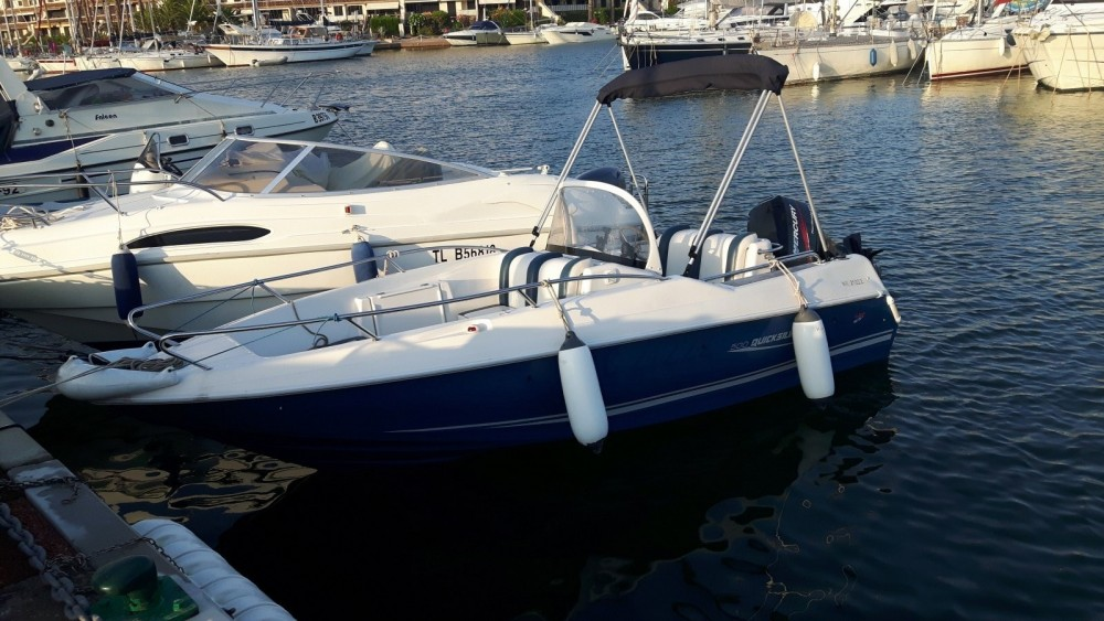 Boat rental Quicksilver Quicksilver 500 Commander in Cogolin on Samboat